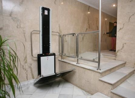 Hdpv salvaescaleras vertical 2 metros imcalift for Salvaescaleras vertical